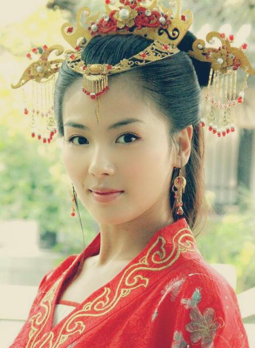 43歲劉濤與周渝民鴛鴦戲水, 演15歲少女吻戲被吐槽: 太過辣眼睛-圖12