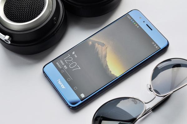 """华为手机用电太快, 关于充电的3个常识问题, 值得""""花粉""""关注"""