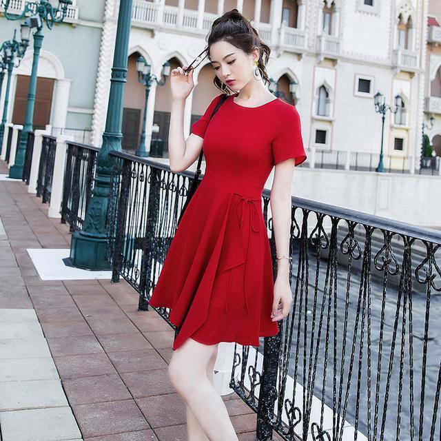 教你一个方法, 穿这些短款的高腰裙 12