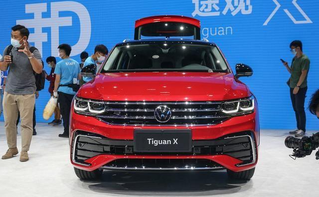 大眾途觀X采用溜背設計, 車型定位於中型SUV, 搭載2.0T排量-圖3