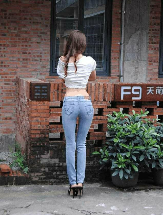 牛仔裤配T恤, 简单穿搭就是比别人时髦