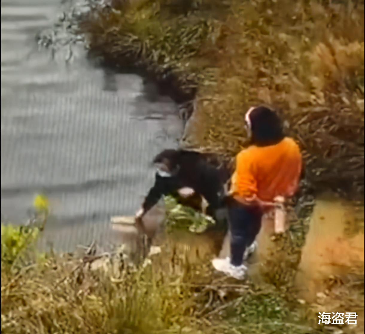 南京一女子陪閨蜜散心, 系鞋帶時被閨蜜推入水中, 因太用力雙雙溺亡-圖1