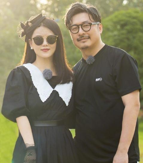 李湘陪女兒買帽子, 王詩齡戴上新帽子超開心, 笑到眼睛瞇成一條縫-圖3