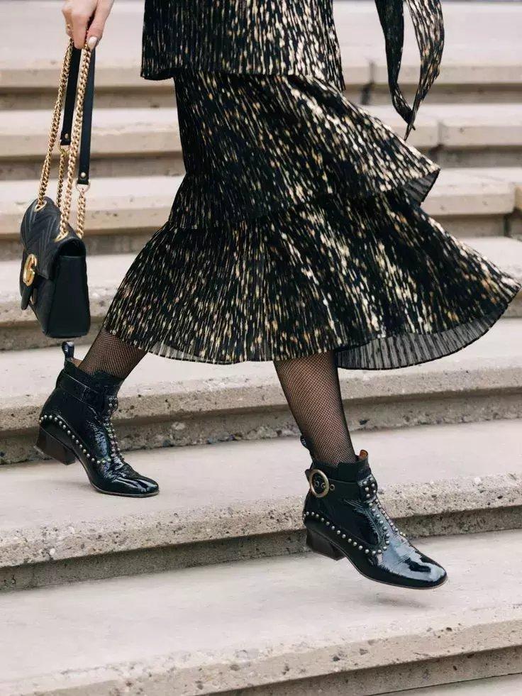 裙子+短靴才是初秋最时髦搭配! 42