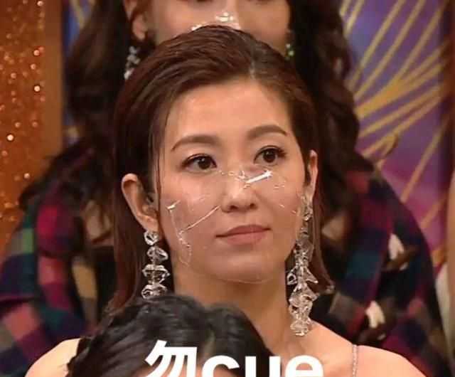 陳自瑤的表情出賣瞭王浩信的演技, 視帝寶座確實是實至名歸-圖11