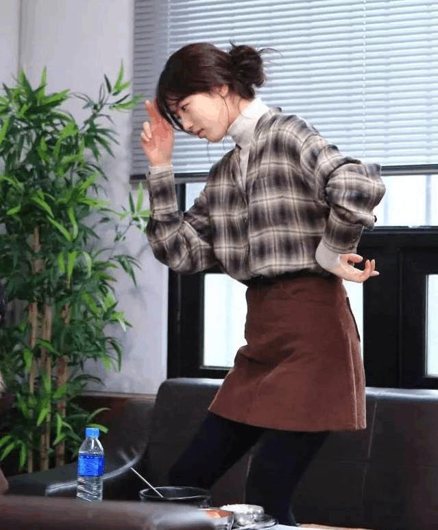 高领毛衣+衬衫, 这种另类时髦你尝试了吗? 8