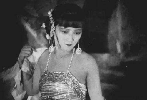最老版的《西遊記》, 為什麼會被禁播? 網友: 看看女妖精的穿啥-圖8