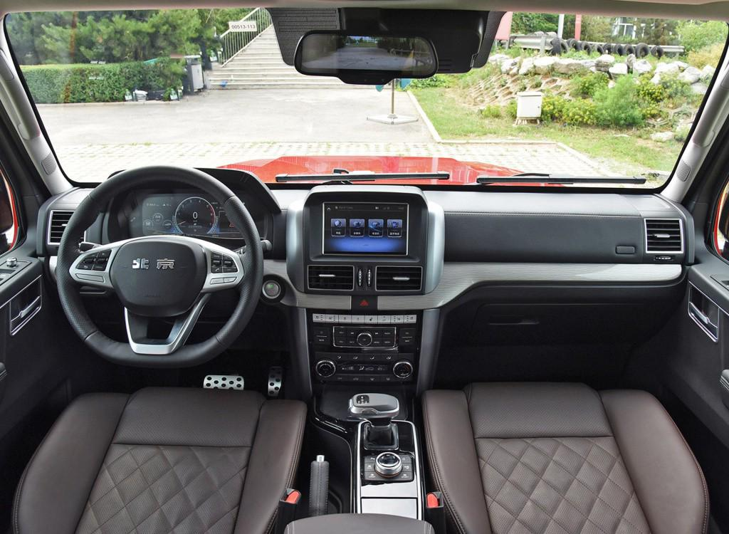 國產同樣優秀, 盤點2款30萬就能買到的大排量6缸SUV-圖5