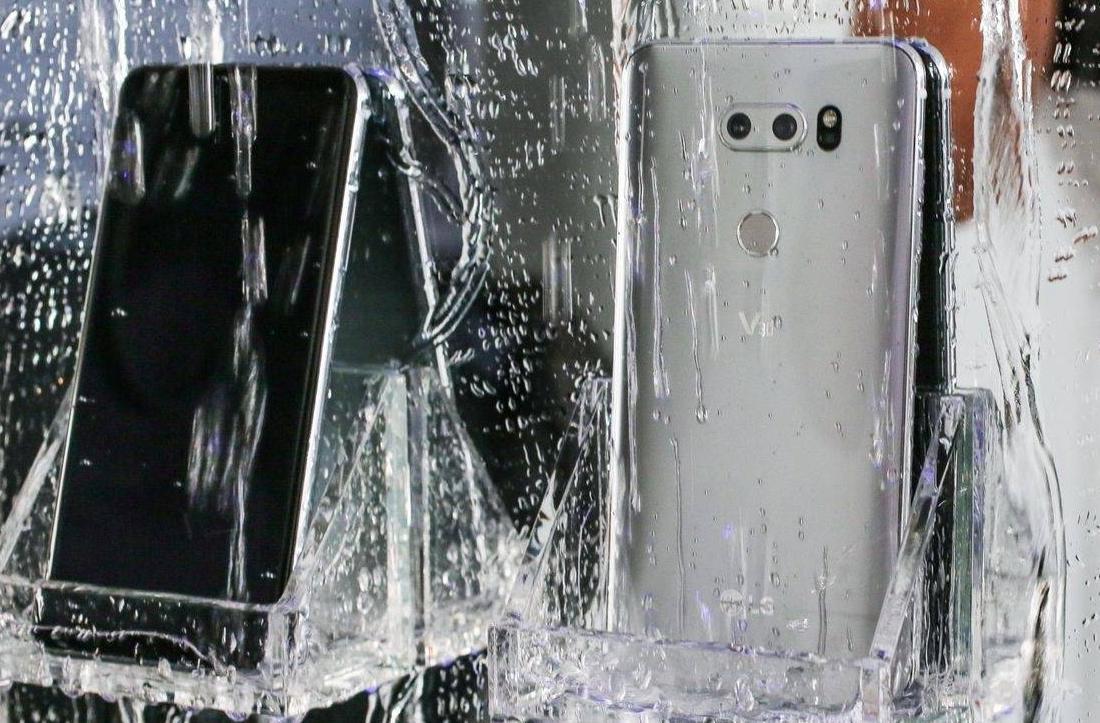LG新机V30高颜值防水, 卖七千真心贵, 老款狂跌四千你敢买吗