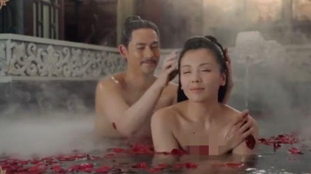 43歲劉濤與周渝民鴛鴦戲水, 演15歲少女吻戲被吐槽: 太過辣眼睛-圖3