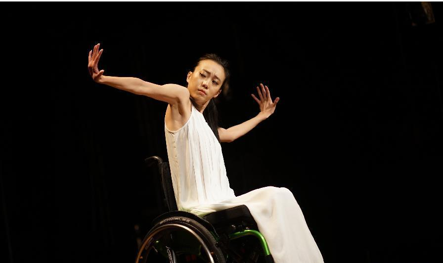 讓張藝謀一直內疚, 在北京奧運跌落導致殘疾的劉巖, 現在還好嗎-圖9
