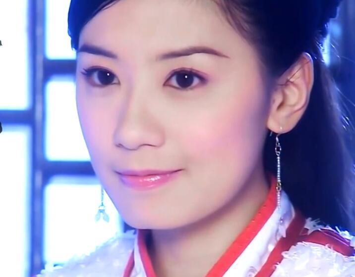 黃奕的李玉湖, 林心如的建寧公主, 趙薇的小燕子, 都沒她驚艷-圖6