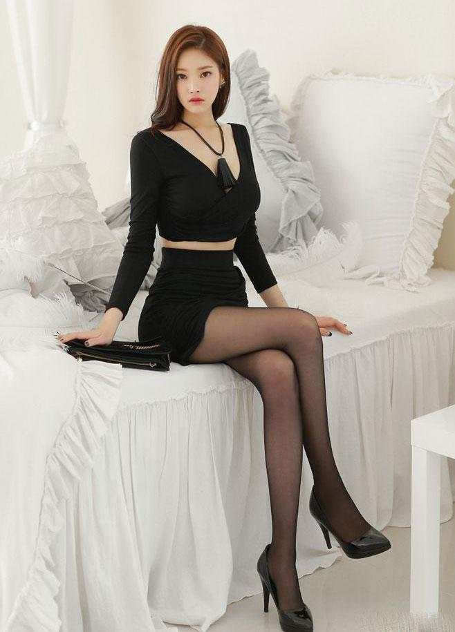 裙子或者是紧身裤, 我要的美丽仅此而已