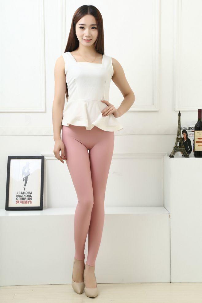日本这裤子太招人恨了, 谁穿谁矮胖, 紧身裤更好看