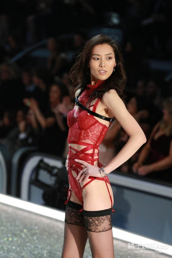 今年11月能在上海看维秘秀! 期待中国超模们的美颜盛世!