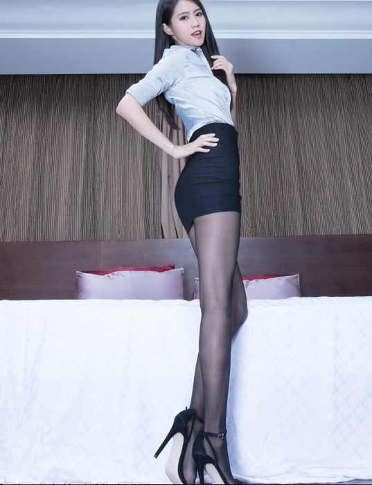 职业女性最爱的包臀裙和高跟鞋搭配原来是这样!