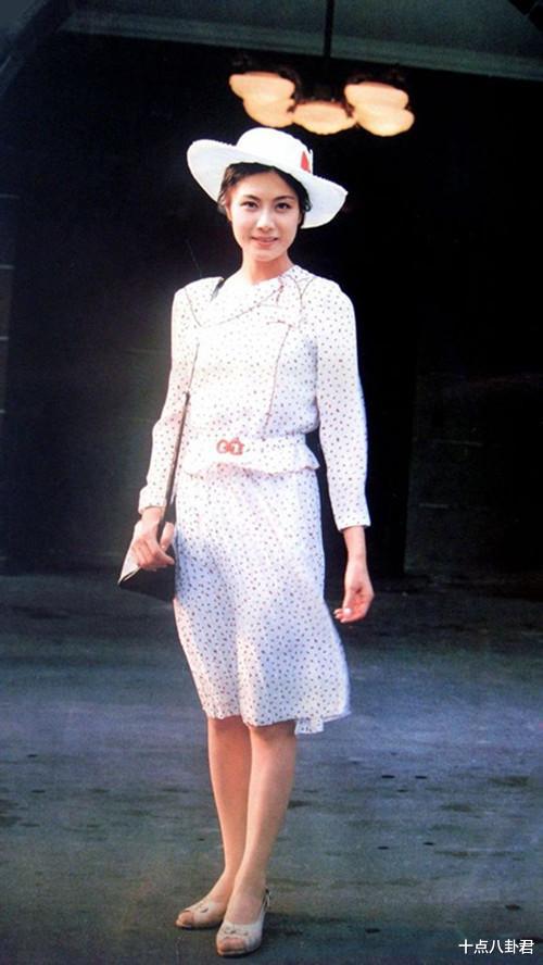 80年代女演員陳燁,出國留學嫁美國人,如今65歲怎麼樣瞭?-圖9