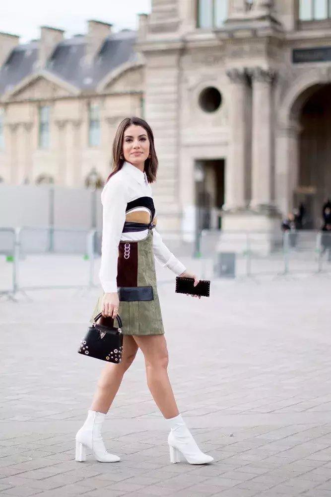裙子+短靴才是初秋最时髦搭配! 24