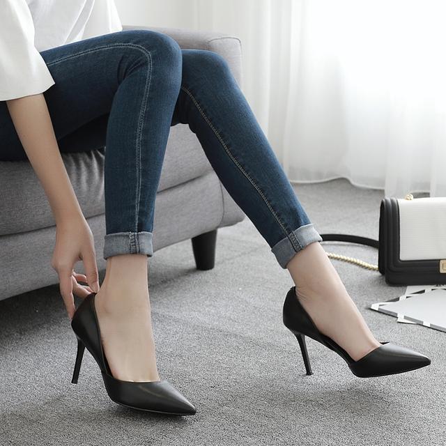 女人不能总穿平底鞋, 高跟鞋才显女人味, 不穿都不知道什么是魅力