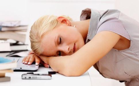 水肿怎么办 睡前6个习惯能预防