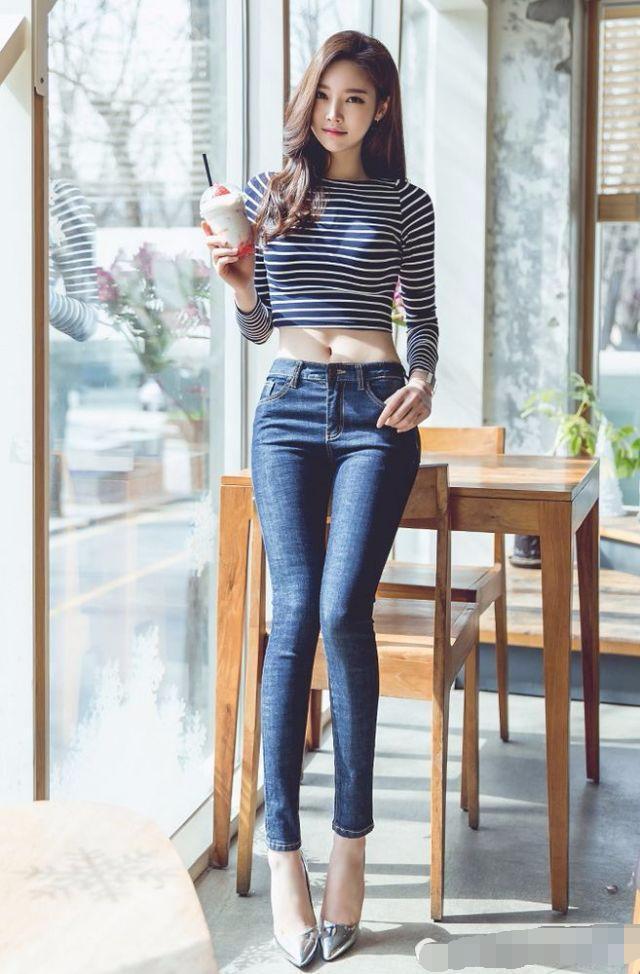 至少从视觉感官的效果说, 紧身裤没有一点拖沓的感觉!