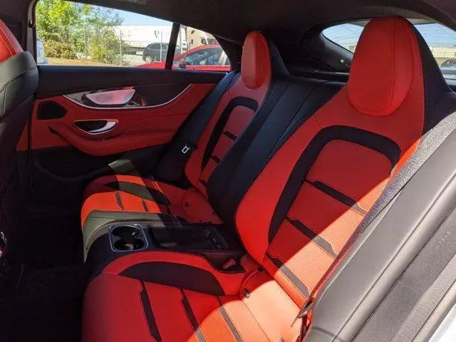 新款奔馳AMG GT, 很有性能范的豪華跑車, 開著非常拉風-圖13