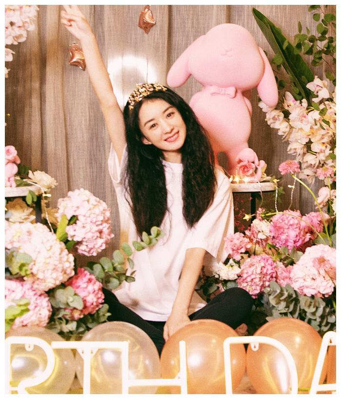 趙麗穎迎來33歲生日, 上熱搜的卻是馮紹峰, 粉絲笑出瞭豬叫聲-圖3