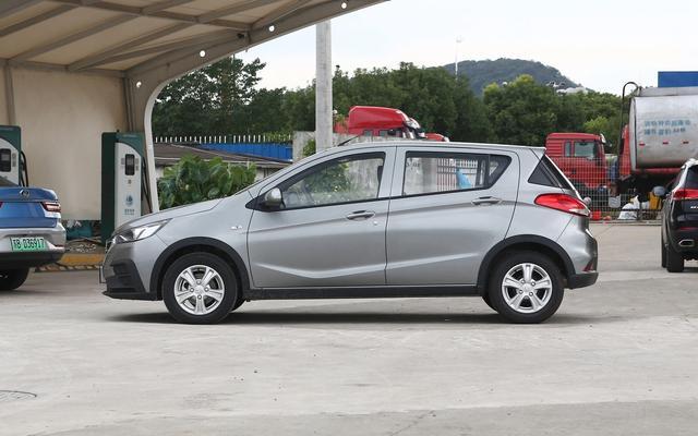 這些國產車比老年代步車更香, 最低2.88萬, 轎車SUV都有-圖7