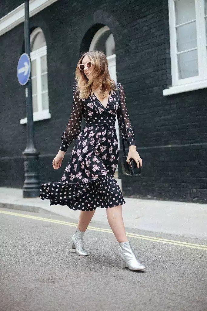 裙子+短靴才是初秋最时髦搭配!