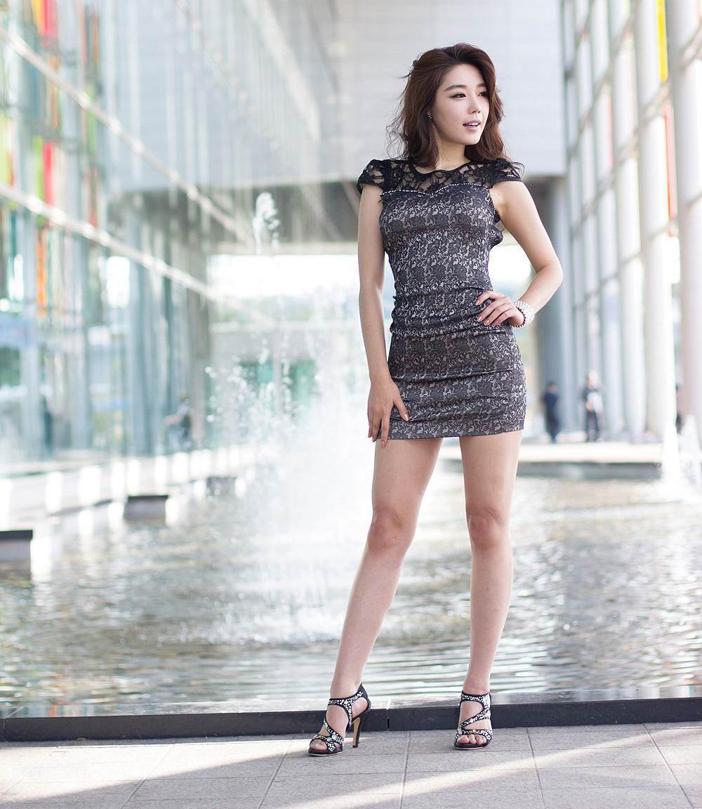 只有连衣裙才可以穿出这般美妙姿态