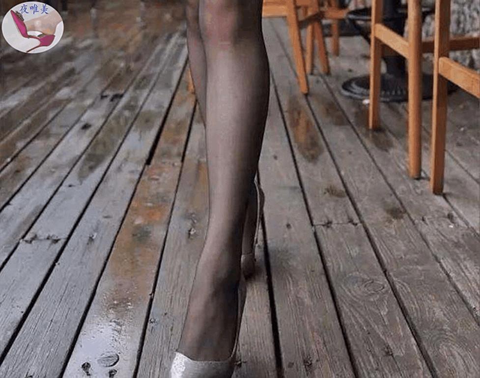 靓丽优雅短裙高跟鞋时髦新潮魅力足清新动人