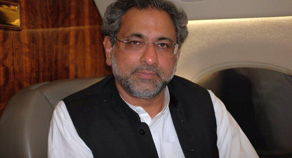 巴基斯坦总理: 中巴经济走廊是我们这代人最重要的倡议