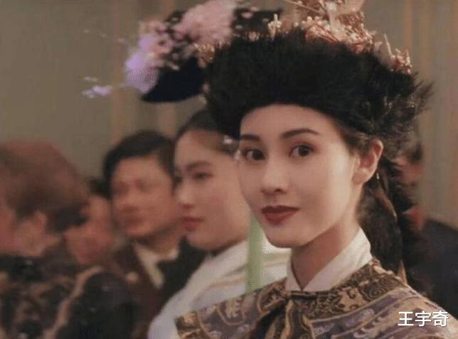 她美過李嘉欣關之琳, 多數男星為她折服, 如今嫁給老外後悔嗎?-圖1