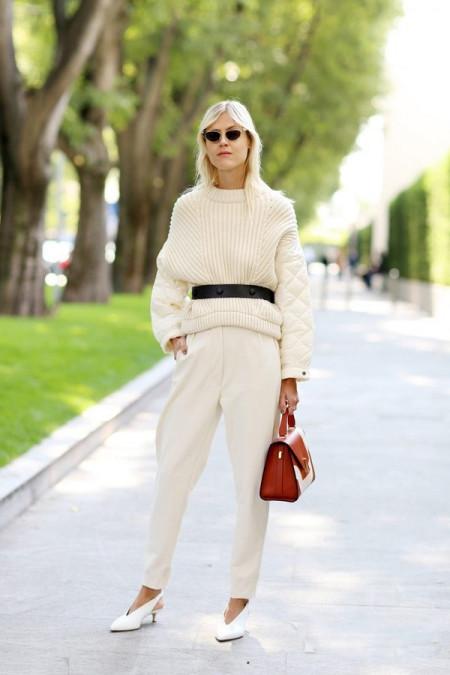 白色毛衣配什么鞋子 7种搭配方法文艺摩登造型随便凹 12