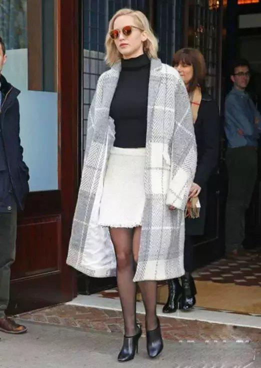 倪妮最近街拍都穿它, 真的有那么好看?