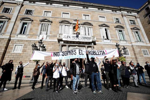 歐洲迎來第二波疫情! 西班牙再次下達禁令, 上千民眾走上街頭抗議-圖4