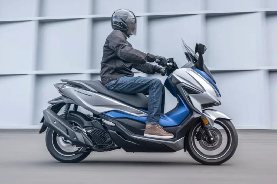 本田更新佛沙踏板最小成員佛沙125, 配電動風擋座椅加熱ABS-圖3
