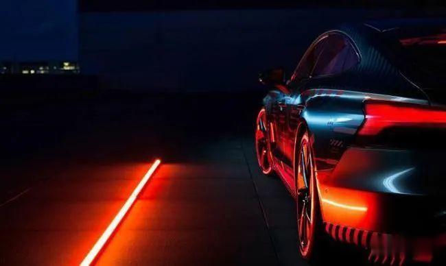 3秒內破百, 奧迪e-tron GT RS將與保時捷Taycan采用同平臺打造-圖12