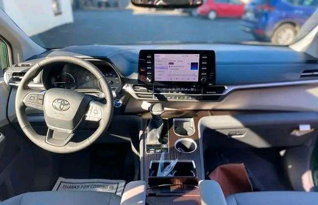 """豐田又一""""攪局者"""", 車長近5米2, 配V6自吸發動機+8AT, 或35萬起-圖5"""