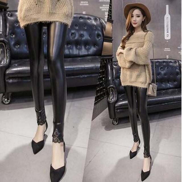 今年的皮裤+浅口尖头鞋, 看这腿部、脚部太修长显瘦了 13