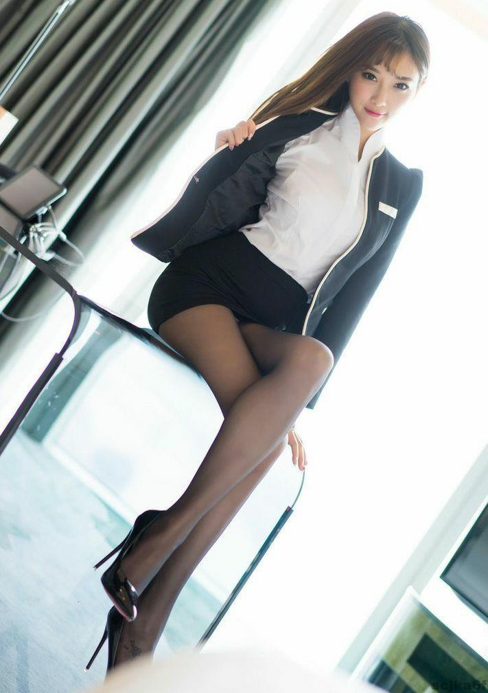 美女穿搭短裙, 勾勒出女人的曲线美 5