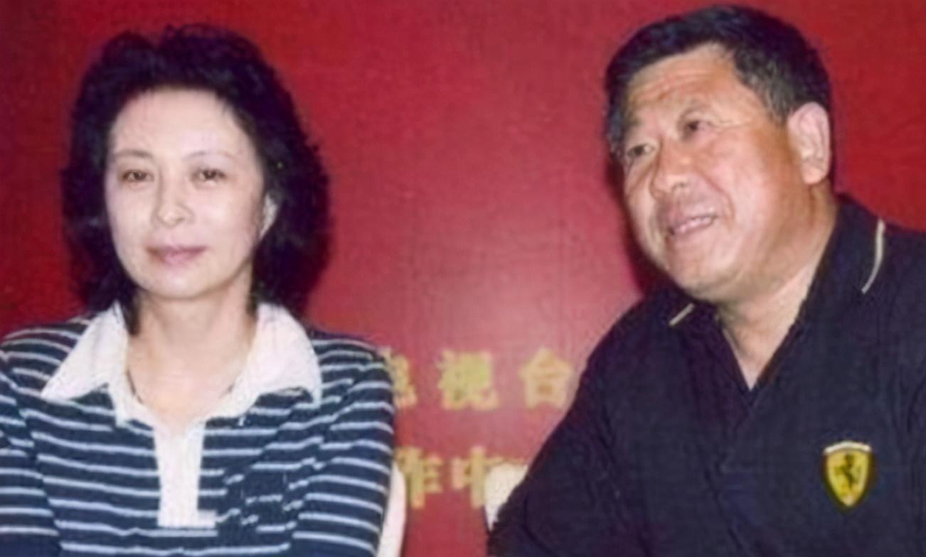 """63歲老戲骨程煜大變樣? 煙酒不離身, 好似""""邋遢大叔""""-圖5"""