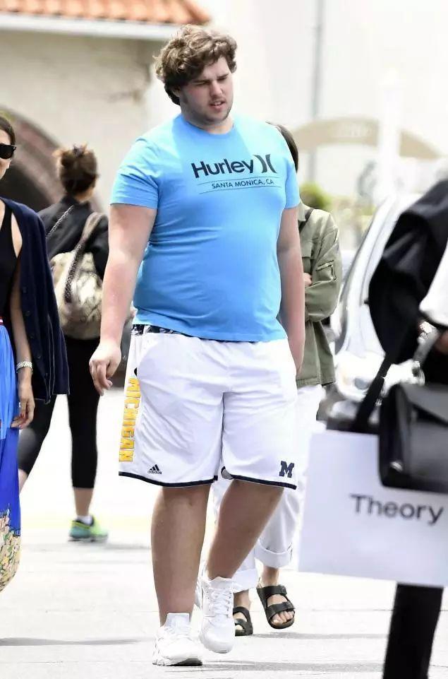 施瓦辛格兩個兒子的身材對比: 健身VS不健身, 差別有多大?-圖12