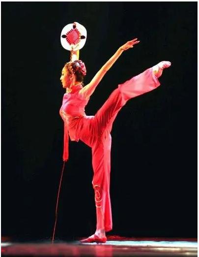 讓張藝謀一直內疚, 在北京奧運跌落導致殘疾的劉巖, 現在還好嗎-圖4