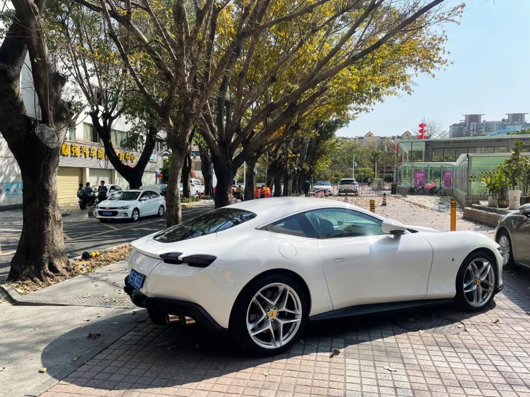 最便宜的法拉利新車, 還是最另類的法拉利! 深度試駕Roma~-圖11