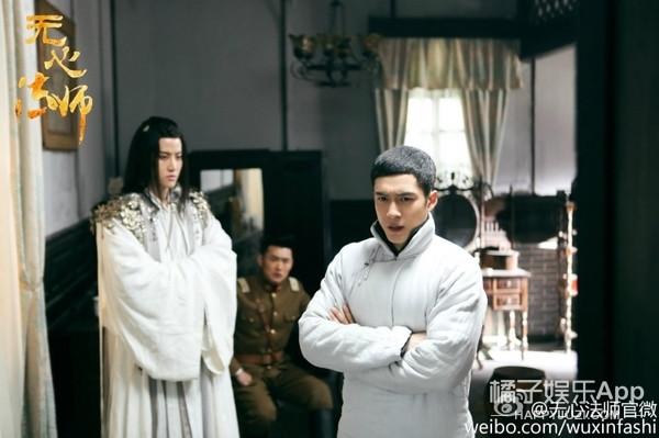 回忆! Mike机场偶遇张若昀, 《无心法师》张显宗白琉璃合体了!