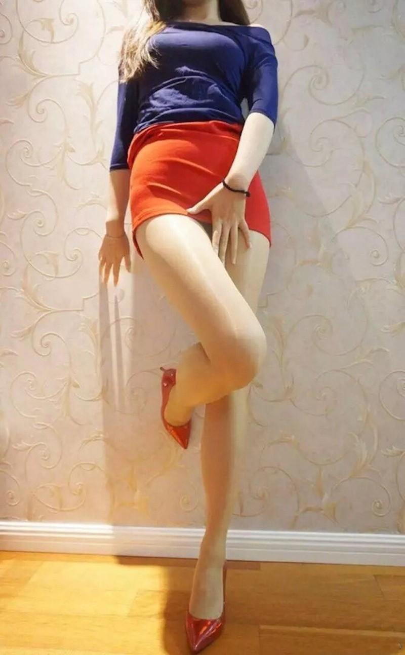 女神穿得如此凉快, 小细腰长腿的诱惑一般人躲不了 1