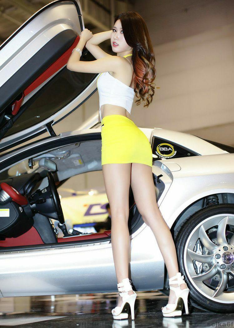 美女穿搭短裙, 勾勒出女人的曲线美 4