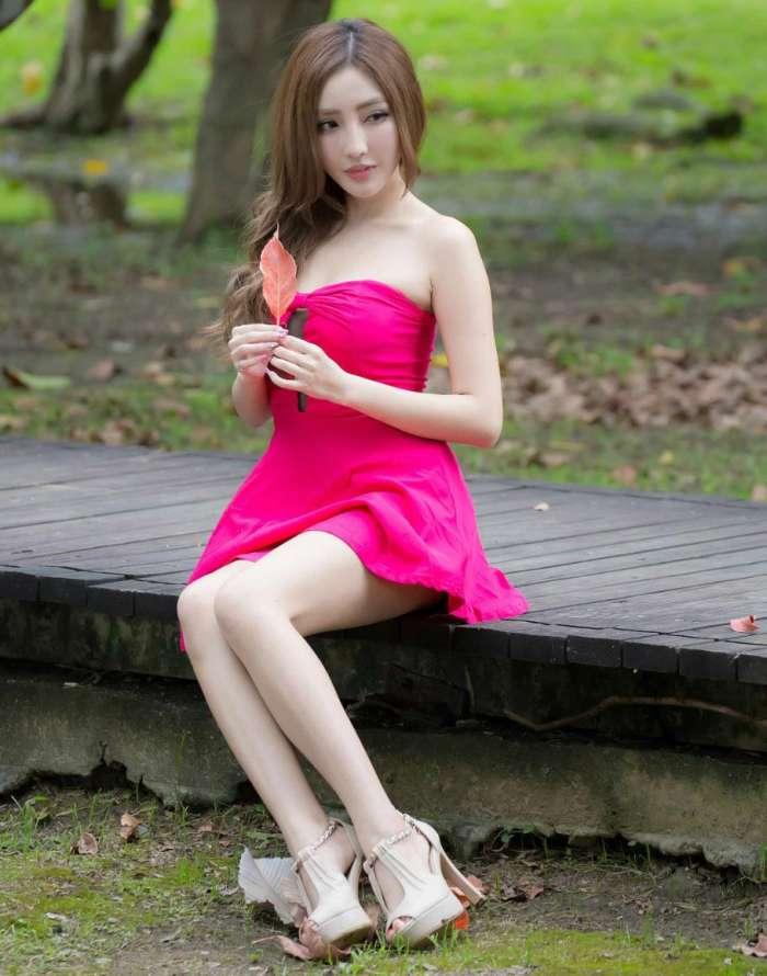 连衣裙惹火美丽, 穿起来时髦个性