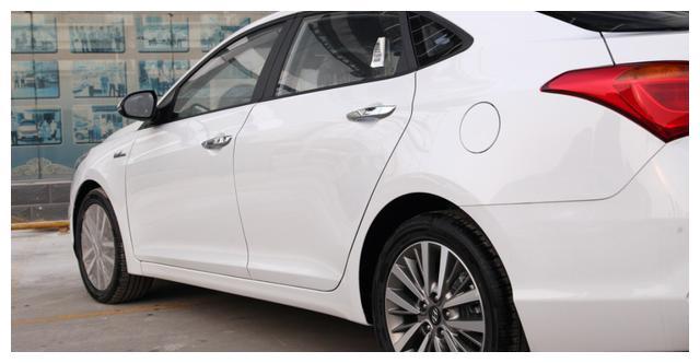 讓步3萬救瞭自己, 6月份賣出5023臺, 成瞭最厚道的合資轎車-圖2